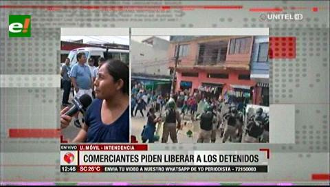 Ambulantes piden que se libere a las personas detenidas en la avenida Grigotá