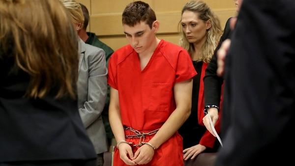 Divulgaron imágenes del interrogatorio al autor de la masacre en Parkland