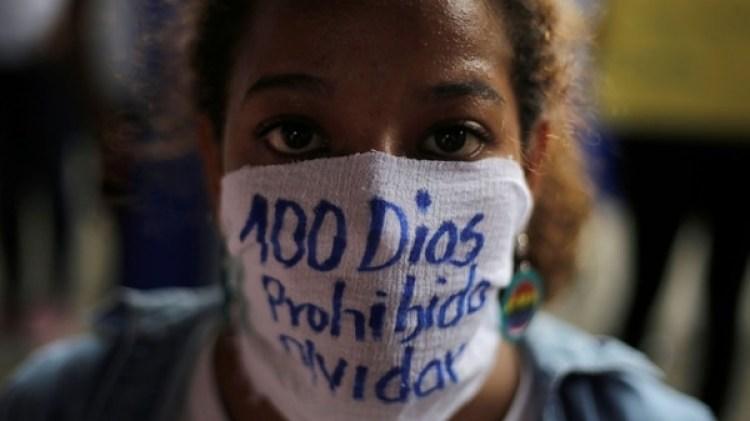 El creciente clima de violencia, represión feroz a las múltiples movilizaciones populares en su contra dejó cerca de 400 muertos y 1500 heridos en los últimos 100 días (Reuters)