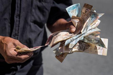 Venezuela quita cinco ceros a la moneda y estrena una nueva familia de billetes. Foto: EFE