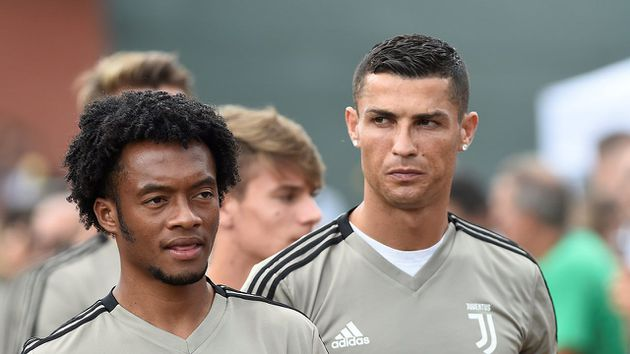 Cristiano Ronaldo elogió la generosidad de Cuadrado para cederle el número 7
