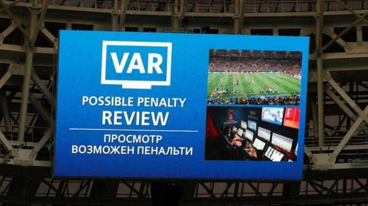 El VAR estuvo presente en el Mundial de Rusia (Reuters)