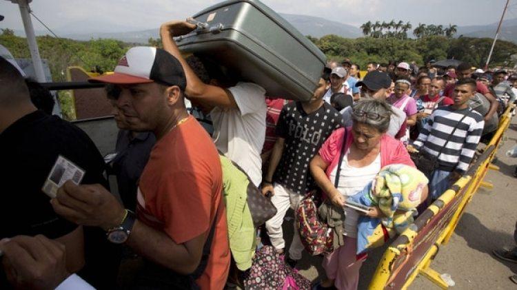 Más de 1,6 millones de venezolanosse fuerondelpaís desde 2015 (AP)