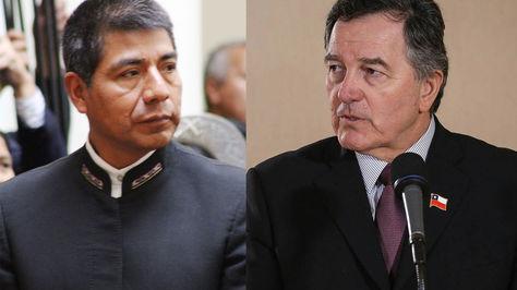 Cancilleres Fernando Huanacuni de Bolivia y Roberto Ampuero de Chile. Foto: Internet
