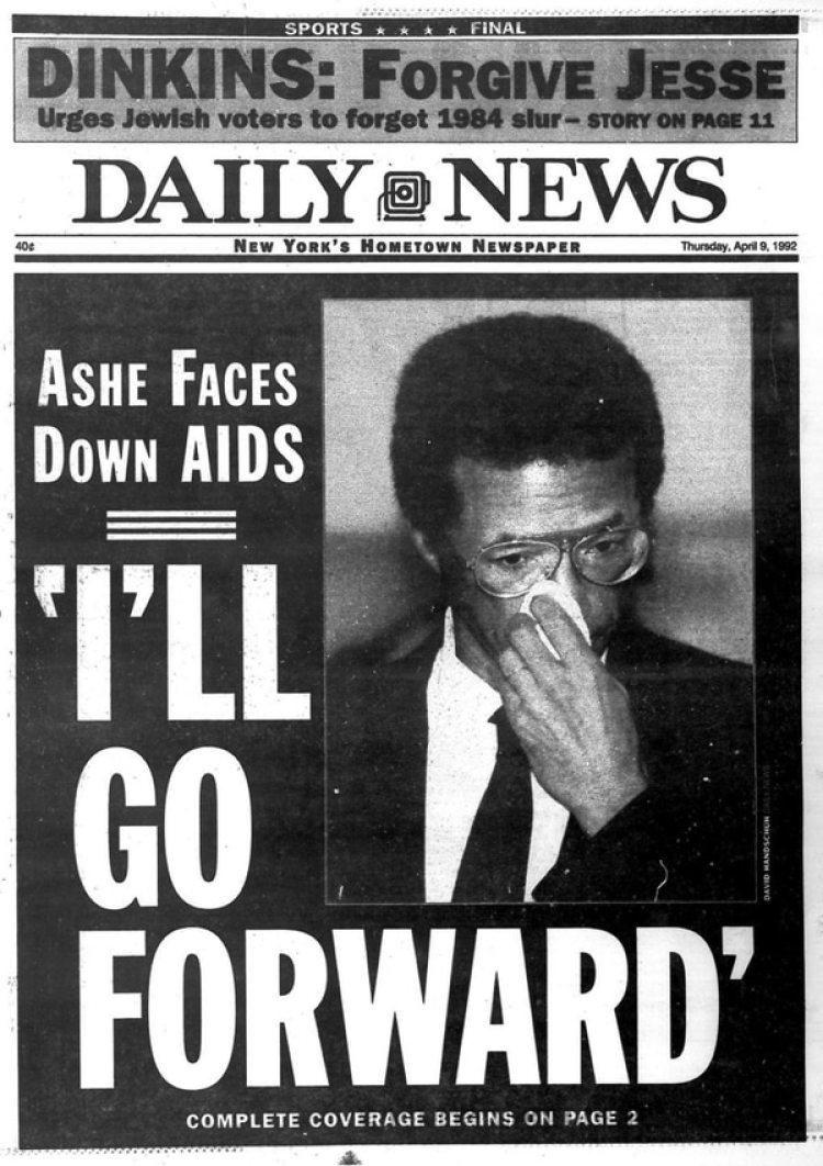 """La tapa del Daily News posterior al anuncio de Arthur Ashe respecto de que padecía SIDA y el textual destacado de su conferencia de prensa: """"Seguiré adelante"""""""