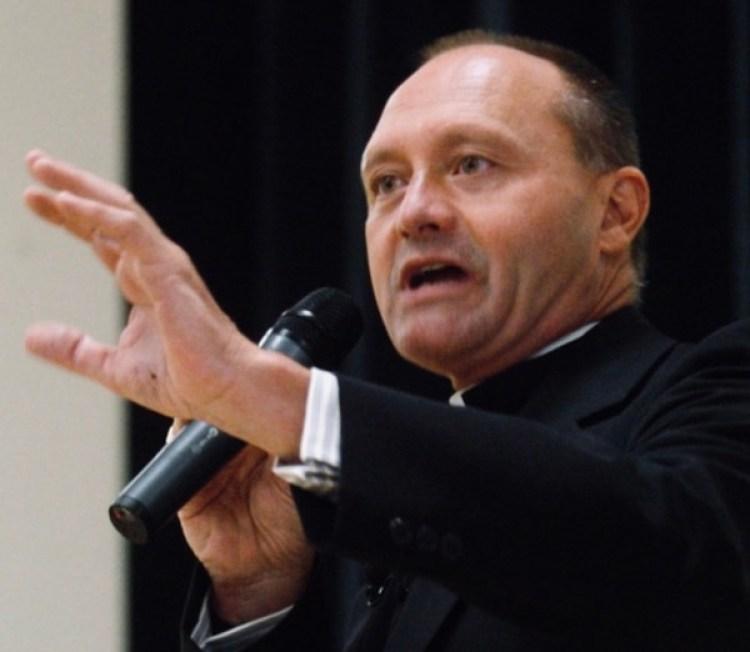 Al caso de Wallin se suman escándalos de abuso y encubrimiento por parte de la Iglesia católica