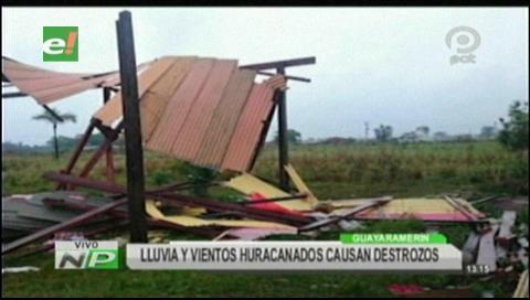 Vientos huracanados y lluvias causan destrozos en Guayaramerín