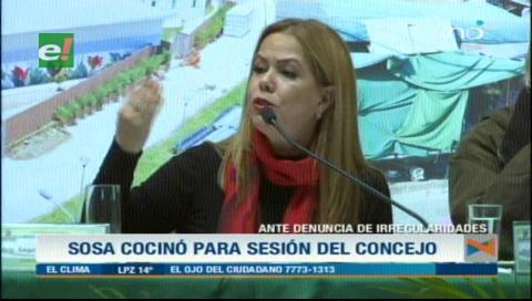 Angélica Sosa dice que cocinó para la sesión del Concejo en la Pampa de La Isla