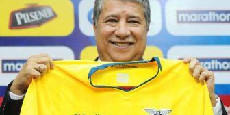 Bolillo Gómez inició el proceso hacia Catar 2022 con preselección de Ecuador