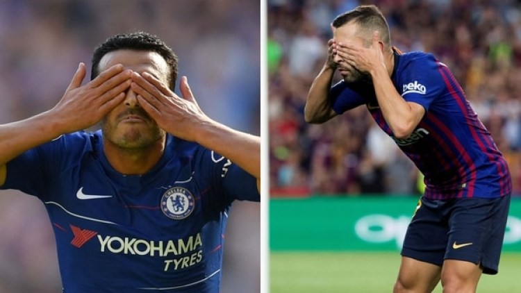 Los gestos de Pedro y Jordi Alba