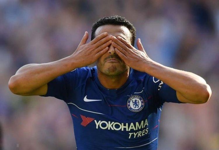 El festejo de Pedro tras su gol al Bournemouth para el triunfo de Chelsea