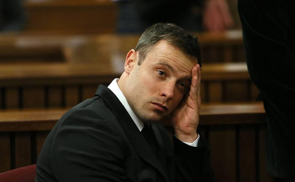 Oscar Pritorius durante en el juicio por el asesinato a Reeva Reeva Steenkam el 16 de octubre de 2014 en Pretoria (Sudáfrica) .