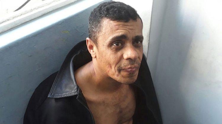 Fotografía cedida por la Policía Militar muestra a Adelio Obispo de Oliveira, sospechoso de apuñalar al candidato presidencial Jair Bolsonaro, hoy, jueves 6 de septiembre de 2018, en la ciudad de Juiz de Fora (Brasil) (EFE)