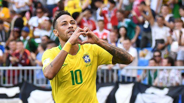 Neymar fue nombrado como el nuevo capitán de la Selección de Brasil