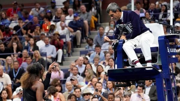 Carlos Ramos fue el árbitro que confrontó con Serena Wiliams en la final del US Open