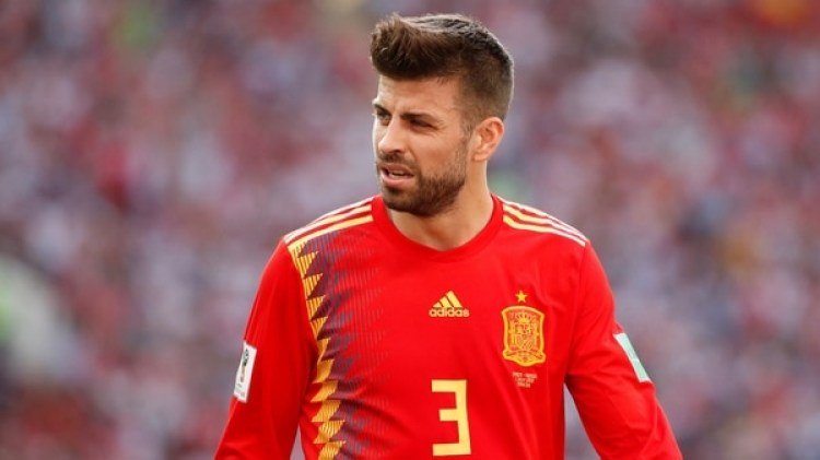 El defensor españolGerard Pique es hijo de un famoso representante legal de Barcelona(REUTERS)