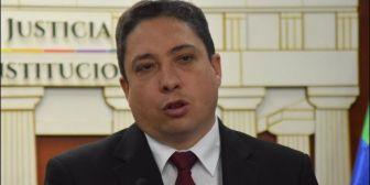 Ministro Arce señala que sentencia contra médico 'carece de fundamentos'