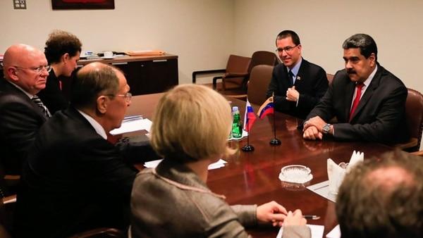 Presidente Maduro sostuvo reunión con su homólogo iraní Hasán Rouhaní
