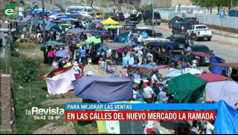Comerciantes de La Ramada vendieron en la calle para mejorar ventas