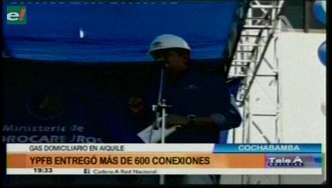 Municipio de Aiquile estrena 556 conexiones de gas domiciliario