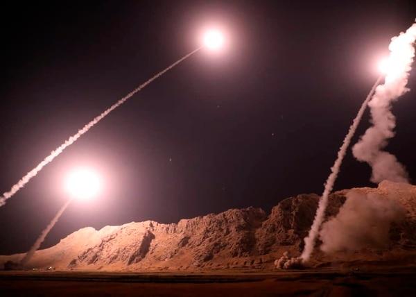 Irán bombardea blancos en Siria en venganza a ataque terrorista en Ahvaz