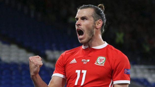 Bale recibe la bota de oro como máximo goleador de la historia de Gales