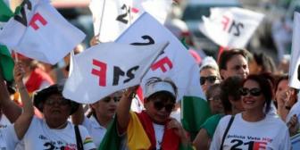 Políticos de la oposición llaman a la unidad tras división de plataformas del 21F