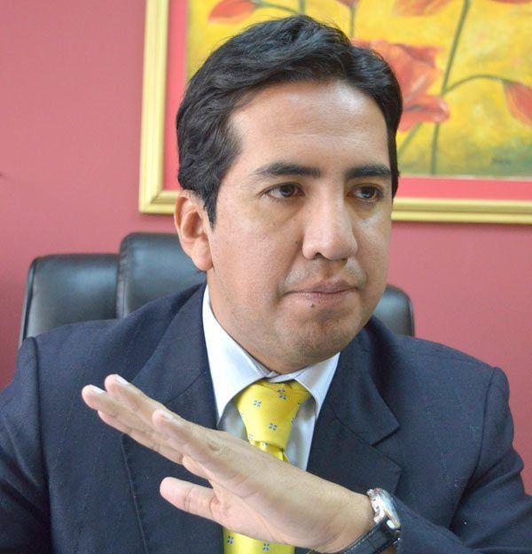 Morales llega a Ilo y verifica facilidades portuarias para la carga boliviana