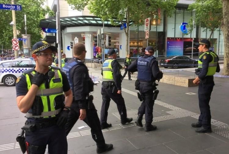 Policías en el centro deMelbourne, Australia(REUTERS/Sonali Paul)
