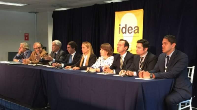 """Expresidentes piden a la OEA y la UE asumir acciones por la """"ruptura del orden democrático"""" en Bolivia"""