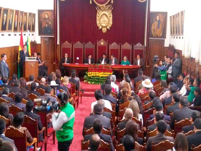 EL PRESIDENTE DEL TSJ, JOSÉ ANTONIO REVILLA, EN LA INAUGURACIÓN DEL AÑO JUDICIAL CALIFICÓ A LA PRENSA BOLIVIANA COMO MANIPULADORA.