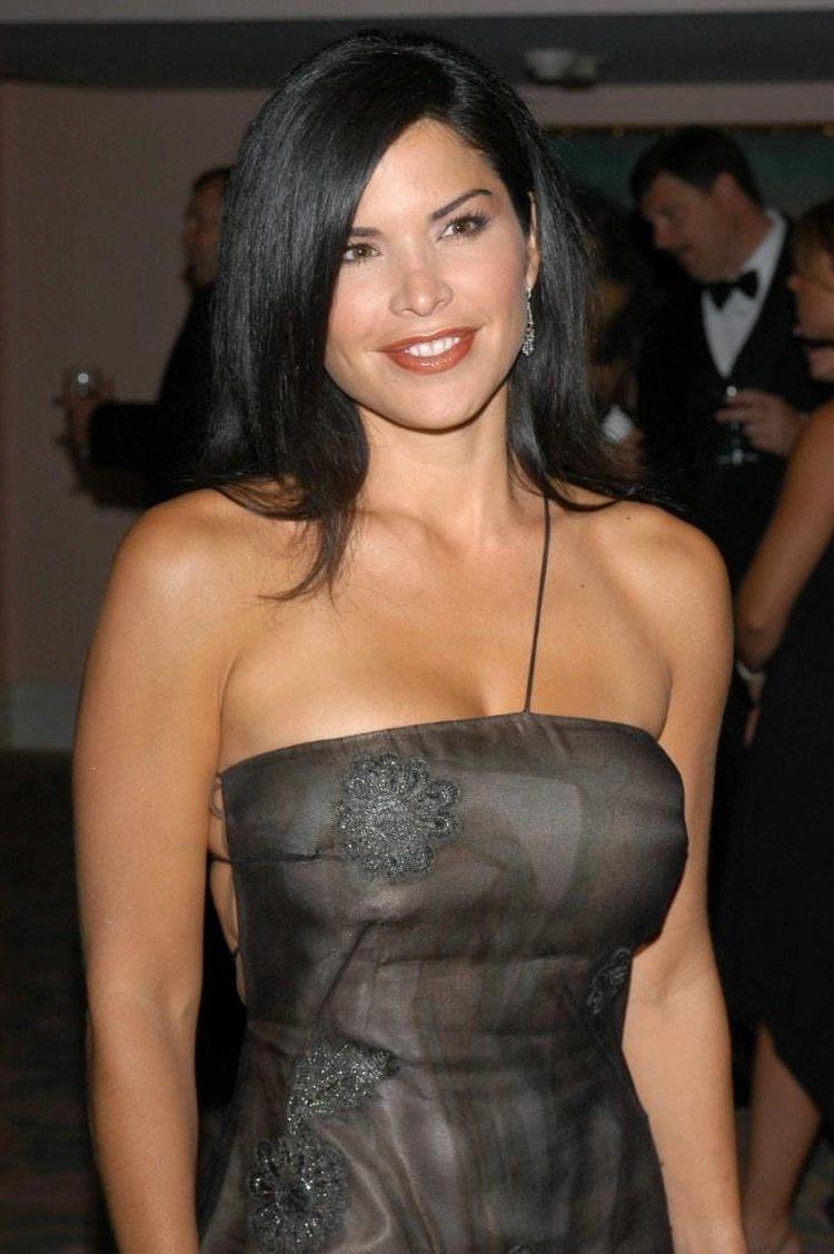 La presentadora de noticias y de programas del espectáculo Lauren Sanchez también se acaba de separar de su pareja y es la nueva novia de Bezos.
