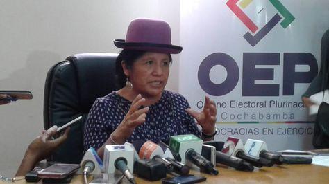 La presidenta del TSE, María Eugenia Choque, habla de las primarias