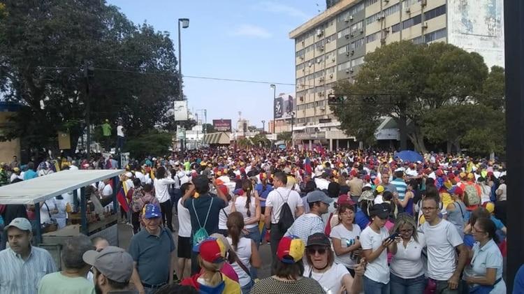EN VIVO: los venezolanos salen a las calles para protestar contra el régimen de Nicolás Maduro