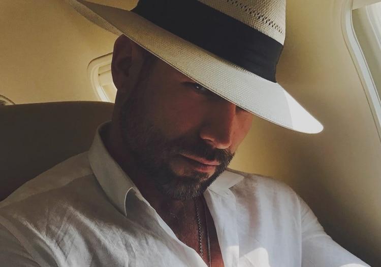 Rafael Amaya inmerso en drogas, alcohol y sexo