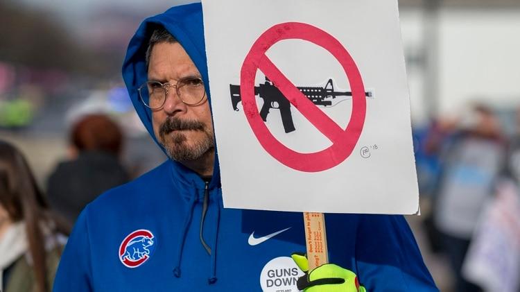 """La """"Marcha por nuestras vidas"""" reclama un mayor control de armas. Son organizadas por el movimiento #NeverAgain, surgido en Parkland pocos días después de ocurrido el tiroteo(AFP)"""