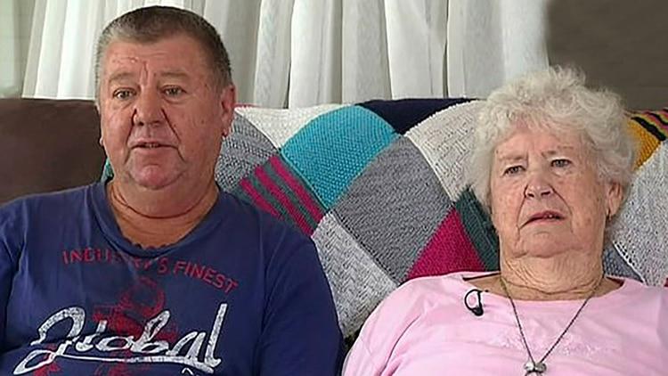 Marie Fitzgerald (derecha) es abuela de Brenton Tarrant