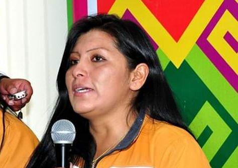 La alcaldesa Soledad Chapetón, en coferencia de prensa. Foto: Twitter Ruth N.