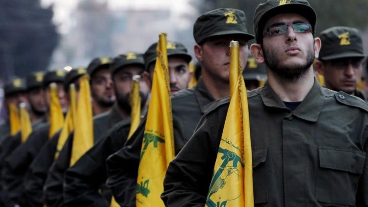 La Guardia Revolucionaria apoya militar y financieramente a grupos terroristas como Hezbollah