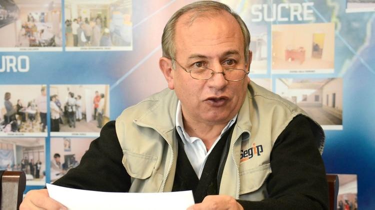 Antonio Costas Sitic, da una batalla en solitario, como el único vocal del Tribunal Supremo electoral boliviano que no responde a Evo Morales