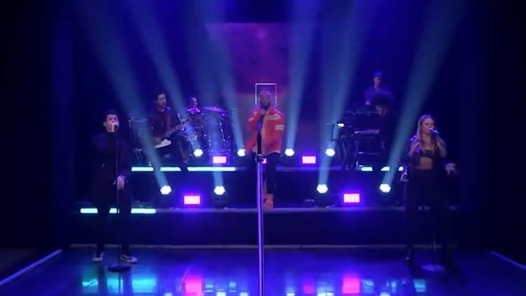En la conversación también Jimmy destacó los duetos que hizo Maluma con Ricky Martin, Madonna y Nicky Jam (Foto: captura de pantalla)