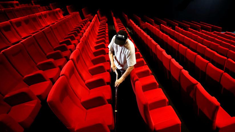Desvelan los detalles de la muerte de un hombre después de que su cabeza quedara atrapada en el asiento de un cine