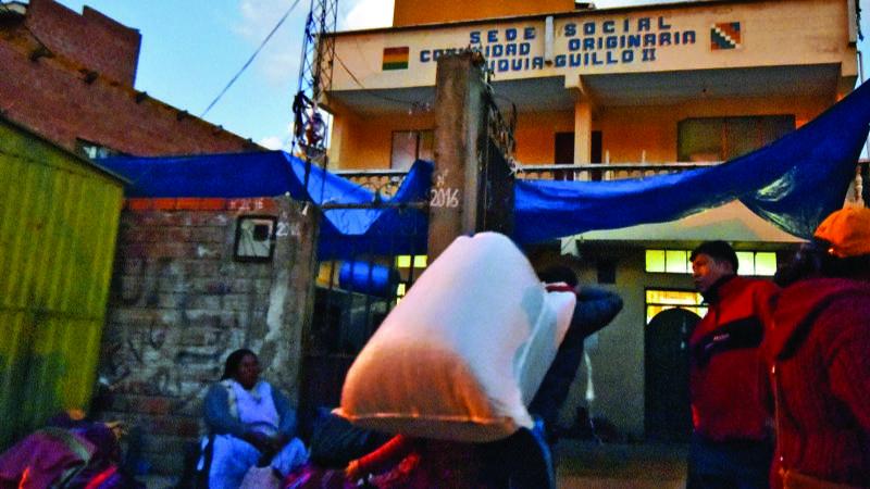 El Gobierno habilita mercado ilegal de coca en Chuquiaguillo
