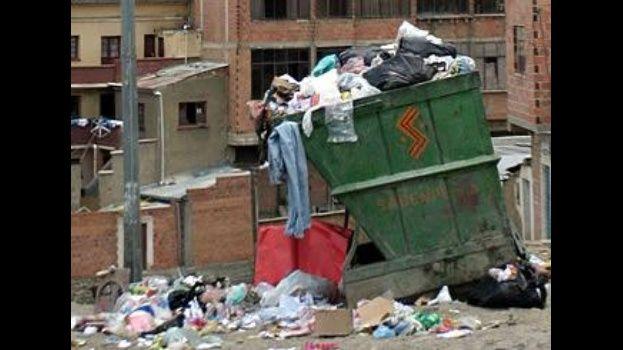 Resultado de imagen para Encuentran un feto en medio de la basura en Llallagua