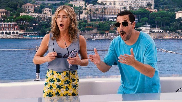 """Jennifer Aniston y Adam Sandler, el dúo exitoso detrás de la comedia """"Murder Mystery"""" de Netflix"""