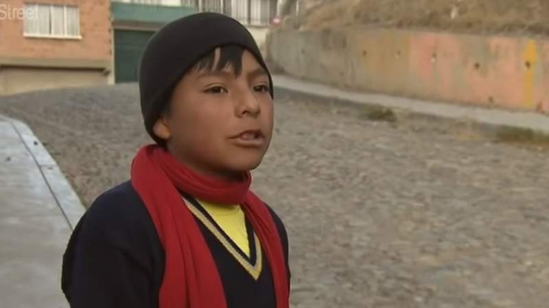 FBF encuentra a niño talentoso en el fútbol entrevistado en un documental de 2017