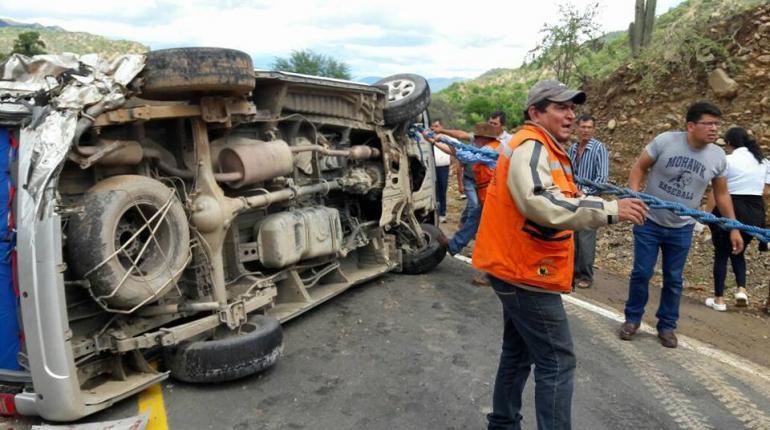 Resultado de imagen para Un bus de la empresa Sama se vuelca y cinco pasajeros fallecen
