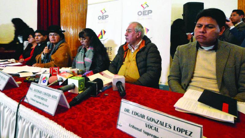 """Oposición: Derecho de impugnar a los binomios """"está anulado"""""""