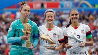 FIFA Frauen-WM 2019 Finale | USA vs. Niederlande | van Veenendaal & Rapinoe & Morgan (Reuters/B. Szabo)