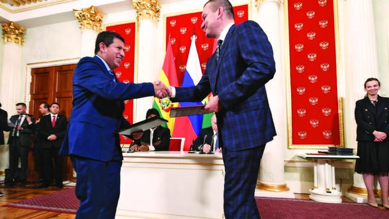 YPFB acuerda venta de gas a la rusa Acron a partir de 2023